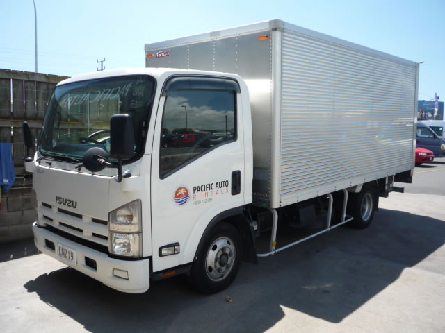 5f987844e0 Furniture Removal Truck 16.5 cube